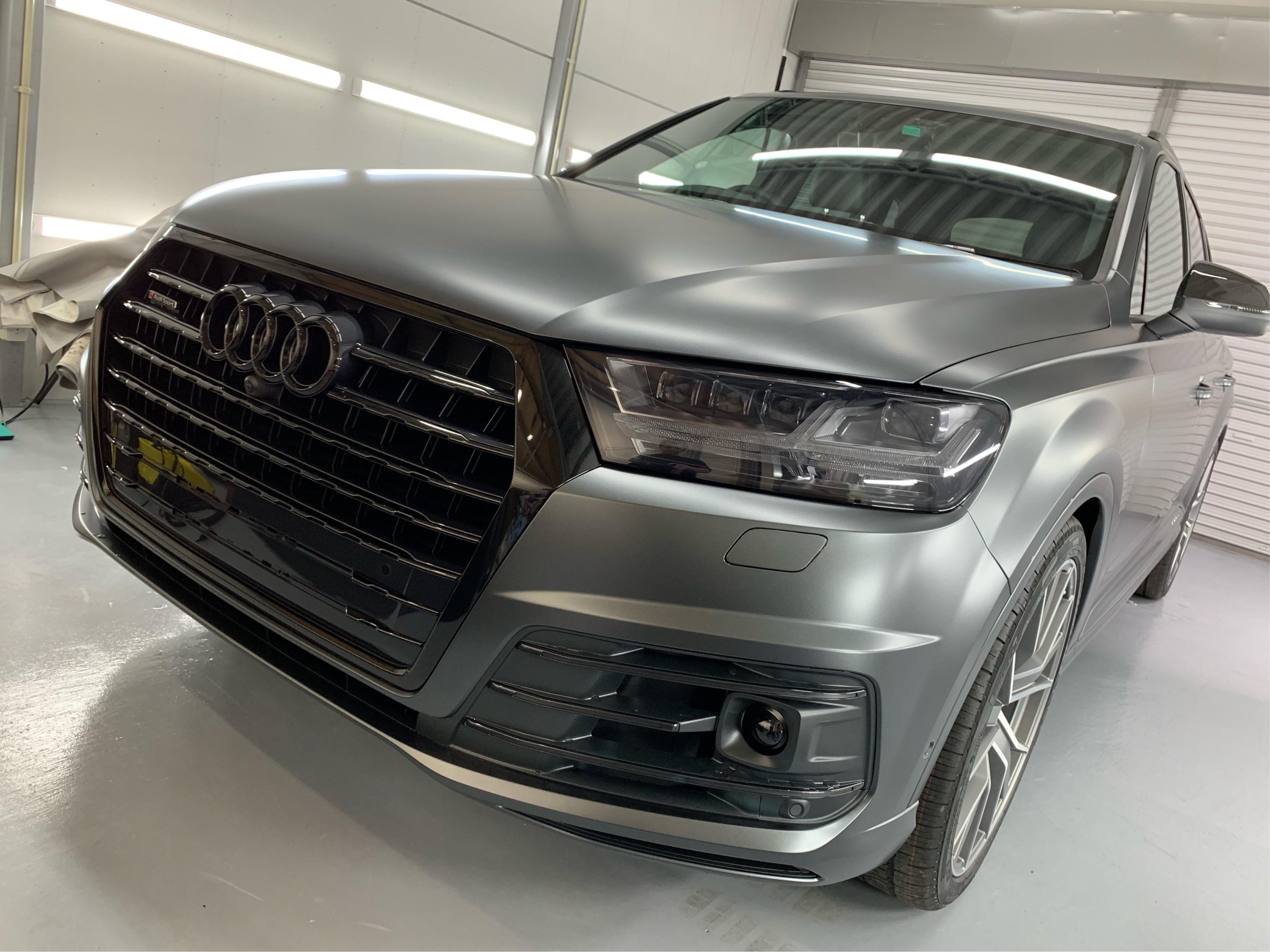 <p> こんにちは! 続いて納車完了後の紹介は Audi Q7 です。  &nbs […]</p>